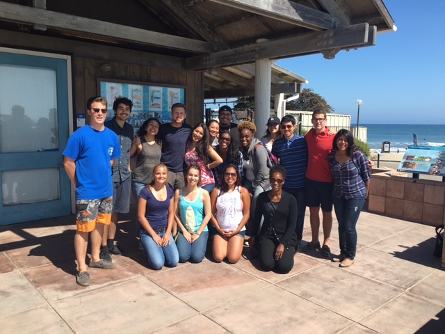 Scholars with the Marine Institute REEF staff